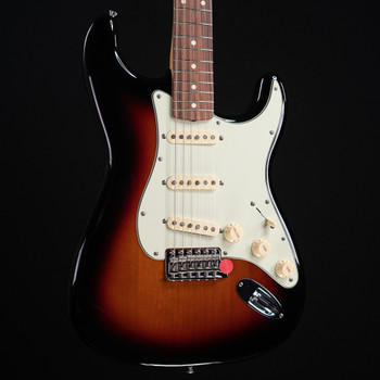 Fender Vintera '60s Stratocaster - 3 Color Sunburst