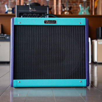 Fender Limited Edition Blues Junior IV - Two Tone Purple/Seafoam