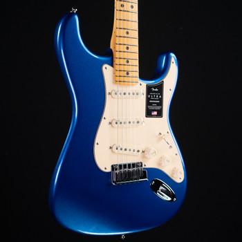 Fender American Ultra Stratocaster - Cobalt Blue
