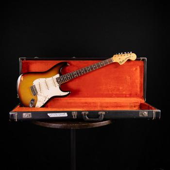 Fender Stratocaster - 1969 - Sunburst