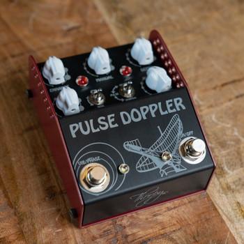 ThorpyFX Pulse Doppler Analog Phase/Vibrato/Trem Pedal