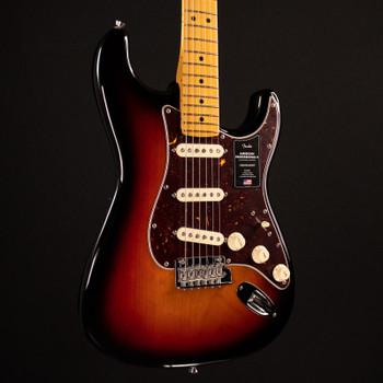 Fender American Professional II Stratocaster - 3-Color Sunburst