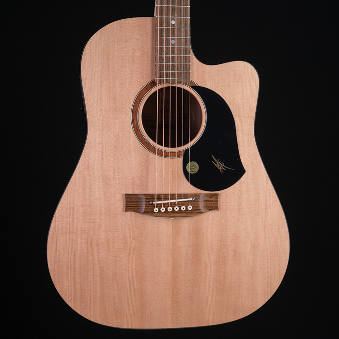 Maton SRS60C Solid Road Series Dreadnought