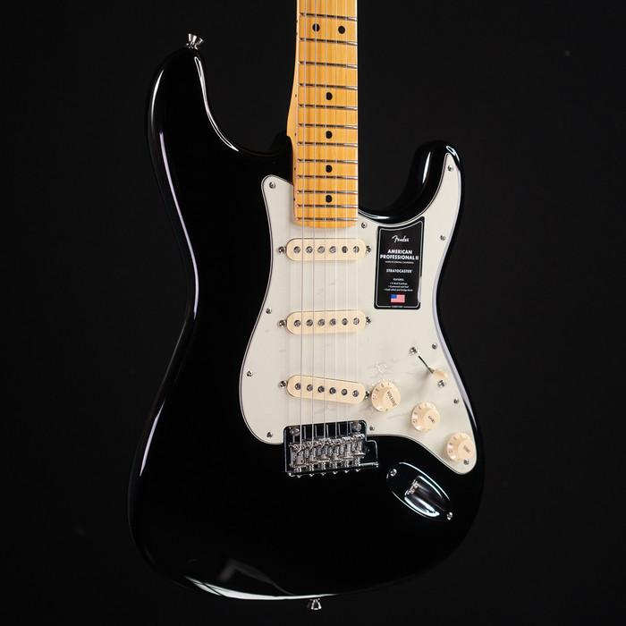 Fender American Professional II Stratocaster - Black w/ Maple