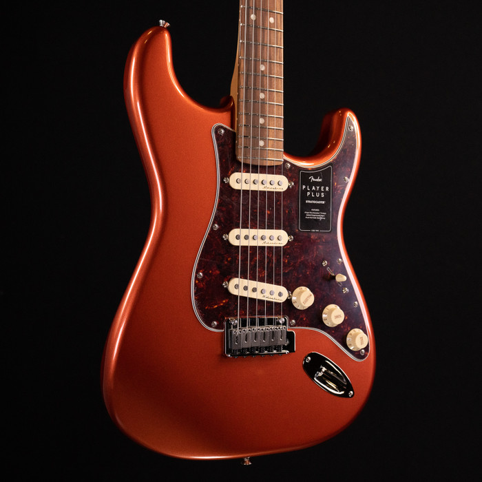 Fender Player Plus Stratocaster - Aged Candy Apple Red