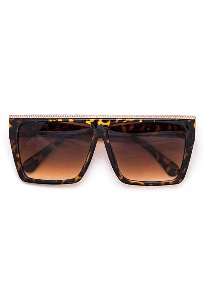 Tolle Oversized Tortoise w/ Gold Bar Sunglasses