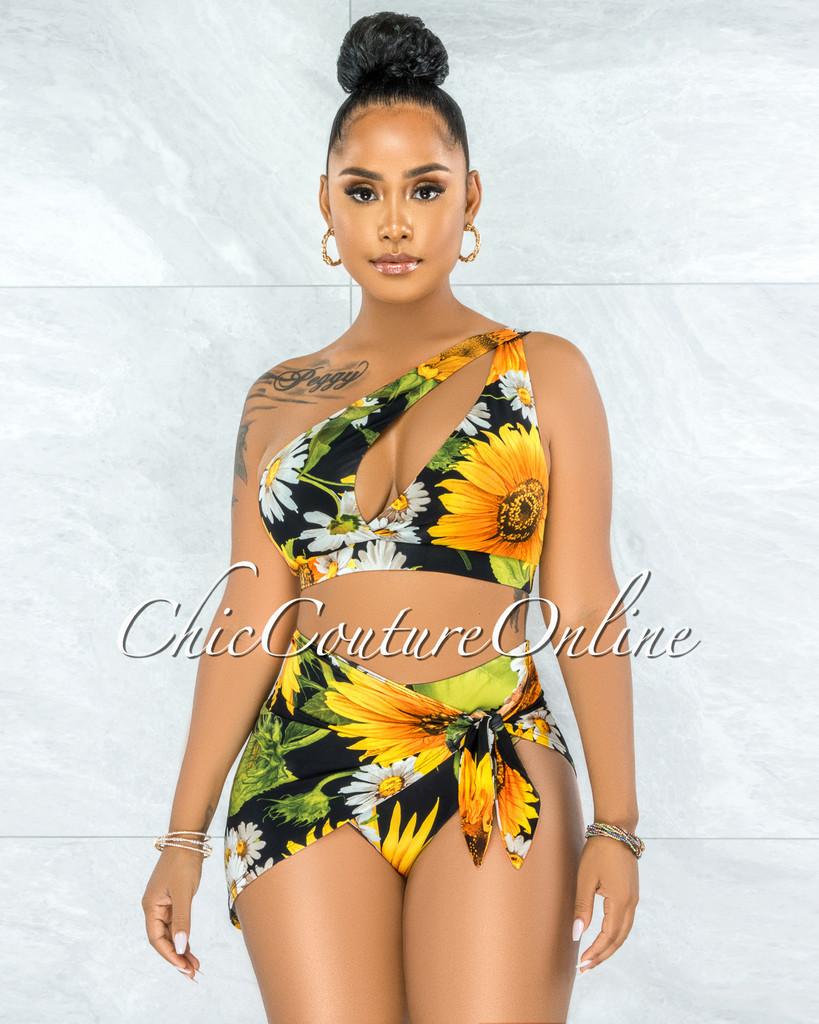 Wende Black Sunflower Print Cut-Out Top & Bikini Skirt Set