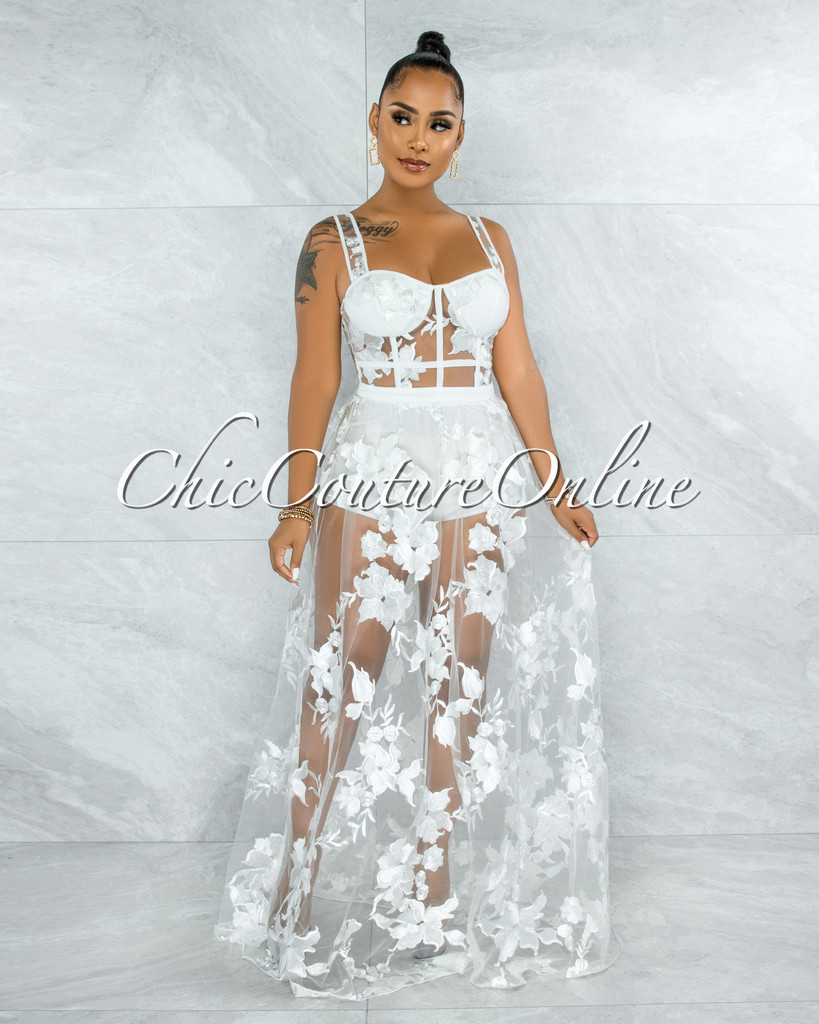 Lidonie Off-White Embroidery Mesh Maxi Padded Dress