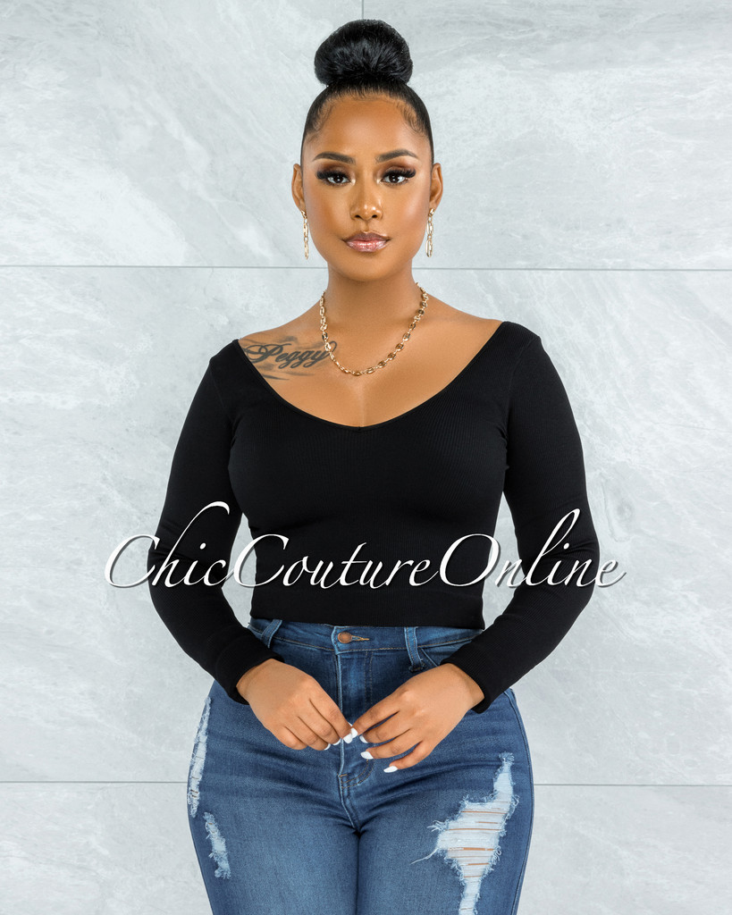 Perlette Black V-Neck Ribbed Crop Top