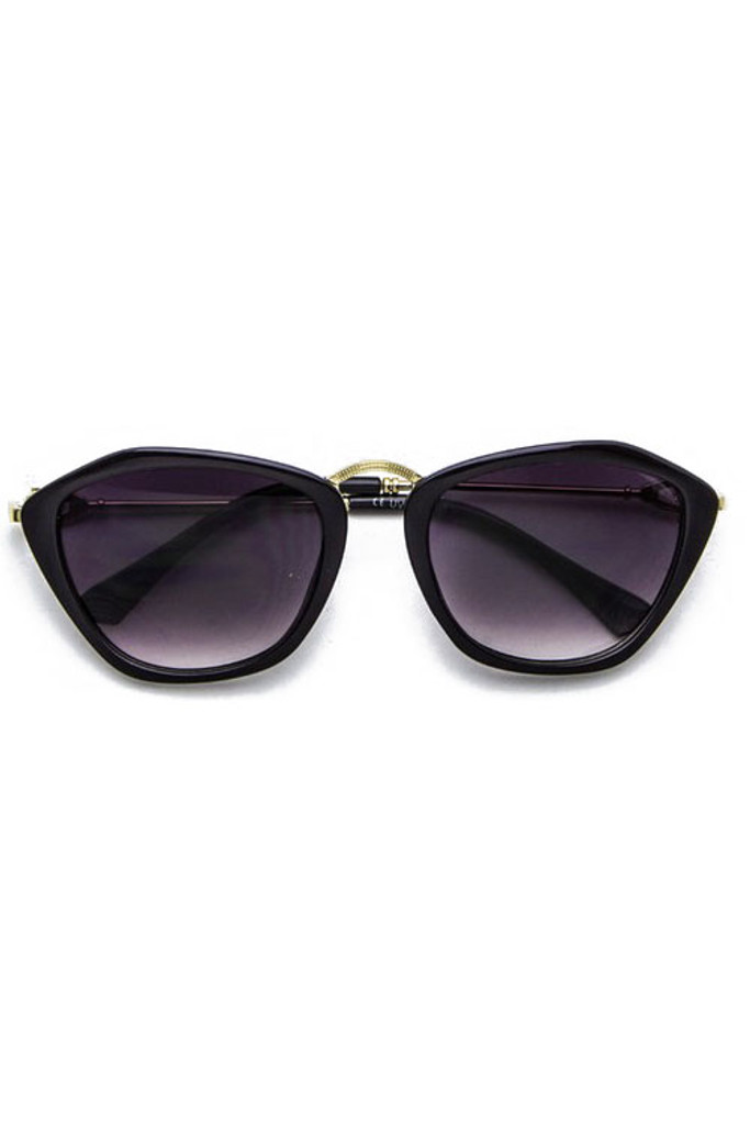 Catty Black Gradient Lens Cateye Sunglasses