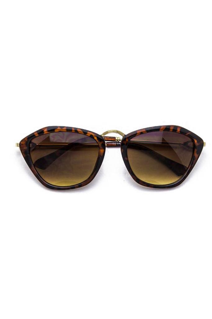 Catty Brown Tortoise Gradient Lens Cateye Sunglasses