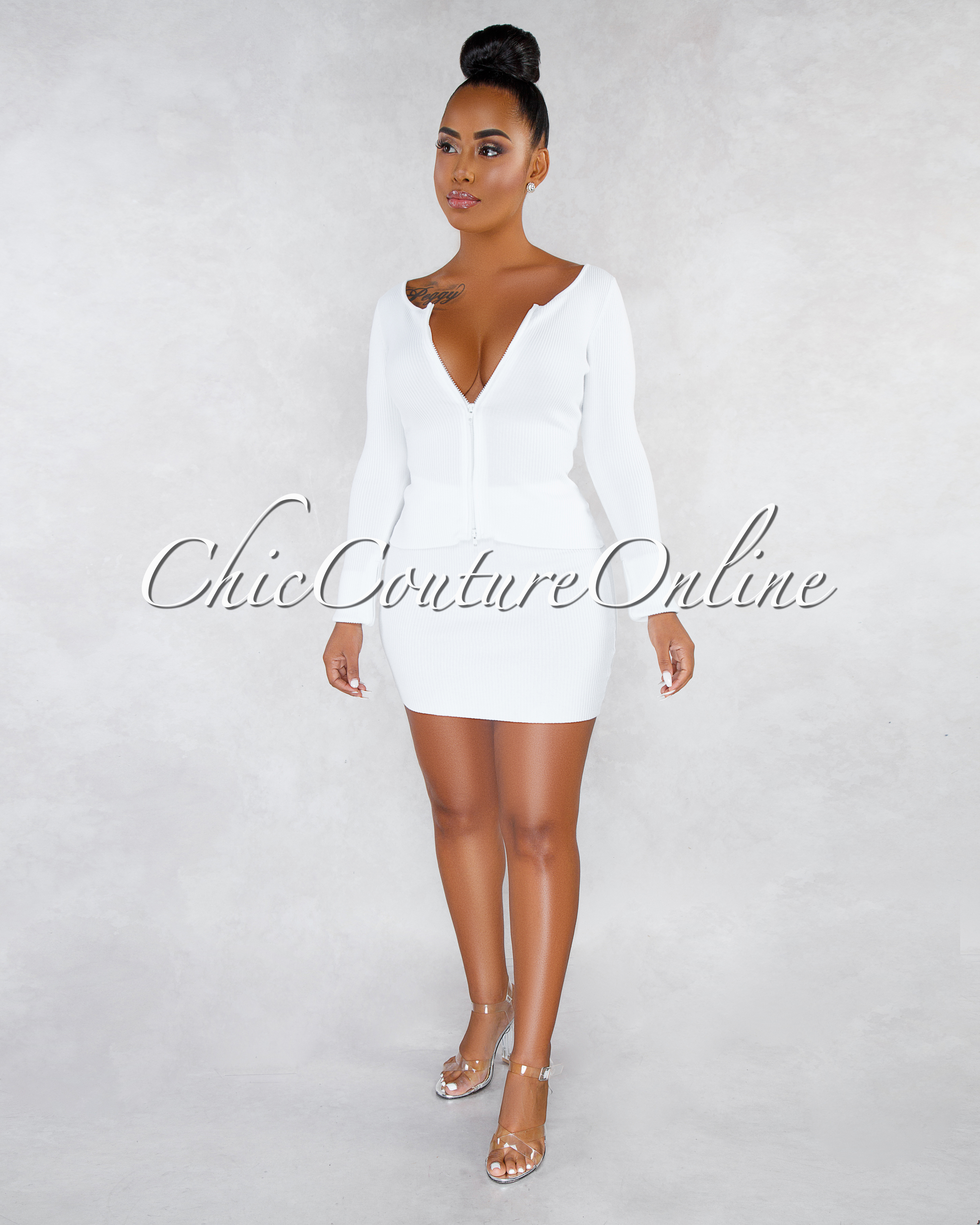 Milanie Off-White Ribbed Front Zipper Skirt Set