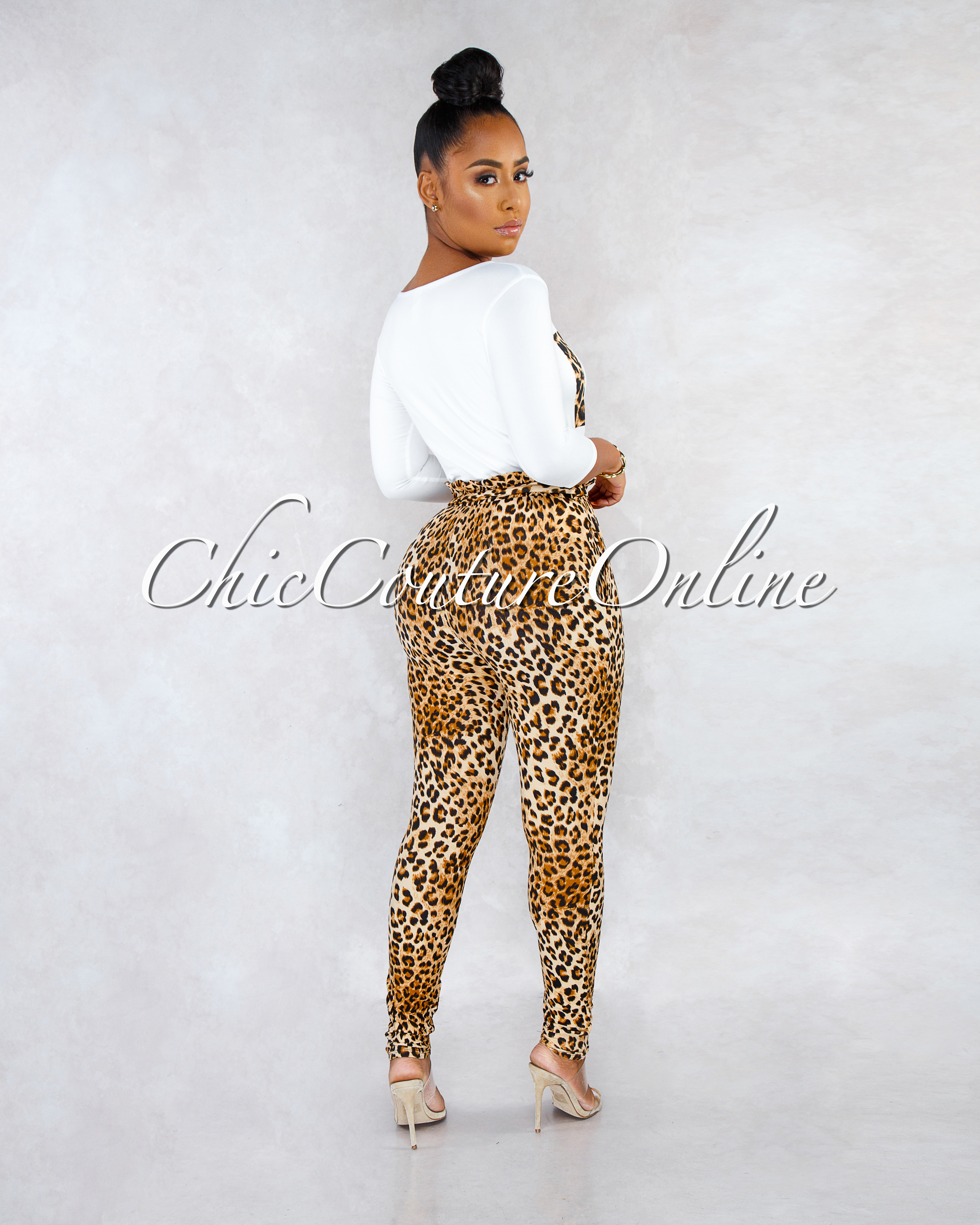 Limited Off-White T-Shirt Leopard Print Pants CURVACEOUS Set