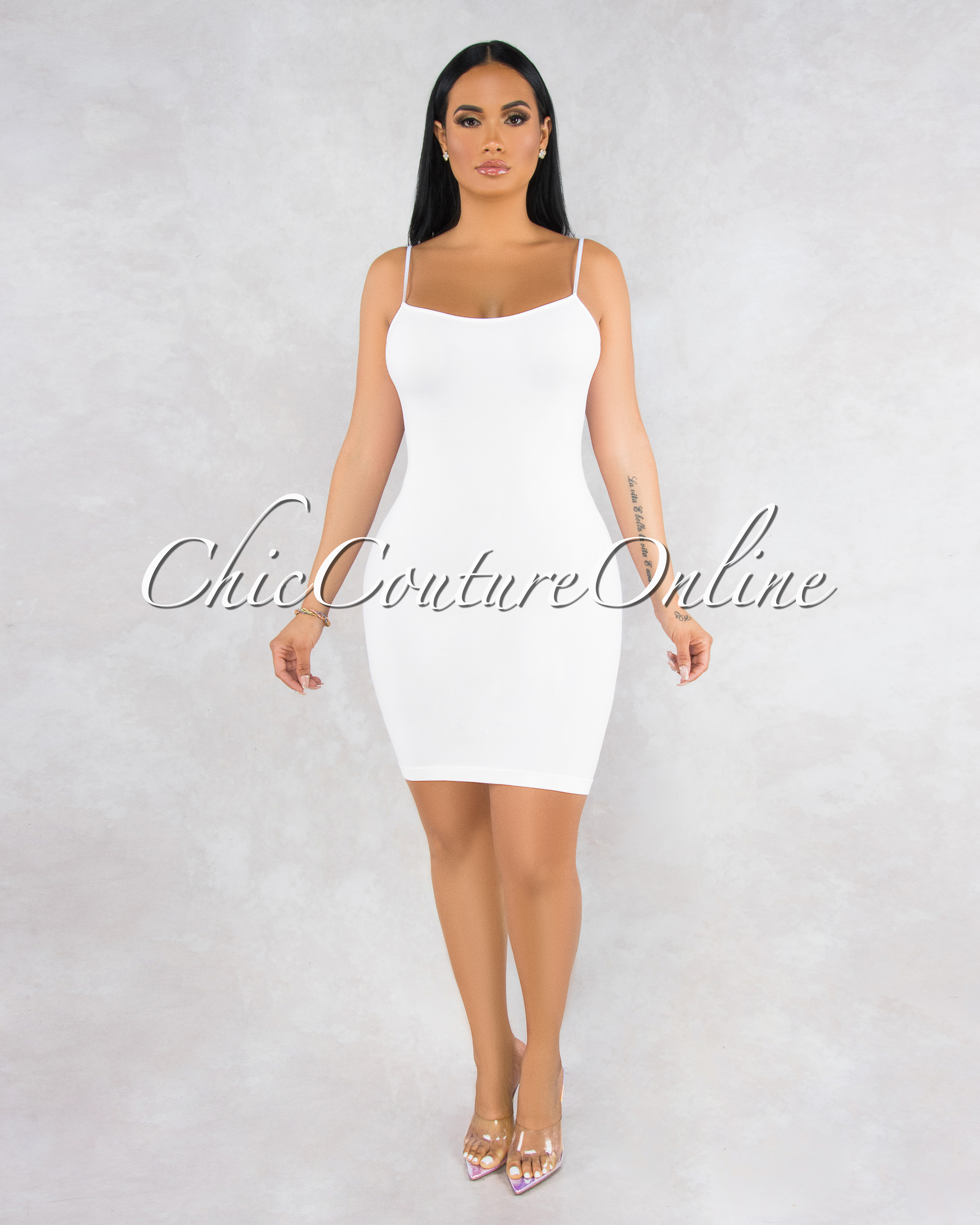 Dynamic White Seamless Body-Con Dress
