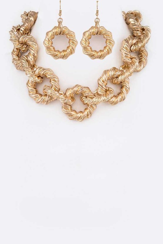 Margo Matte Gold Textured Link Statement Necklace Set