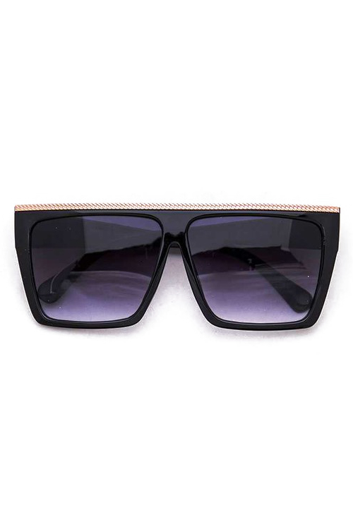 Tolle Oversized Black w/ Gold Bar Sunglasses