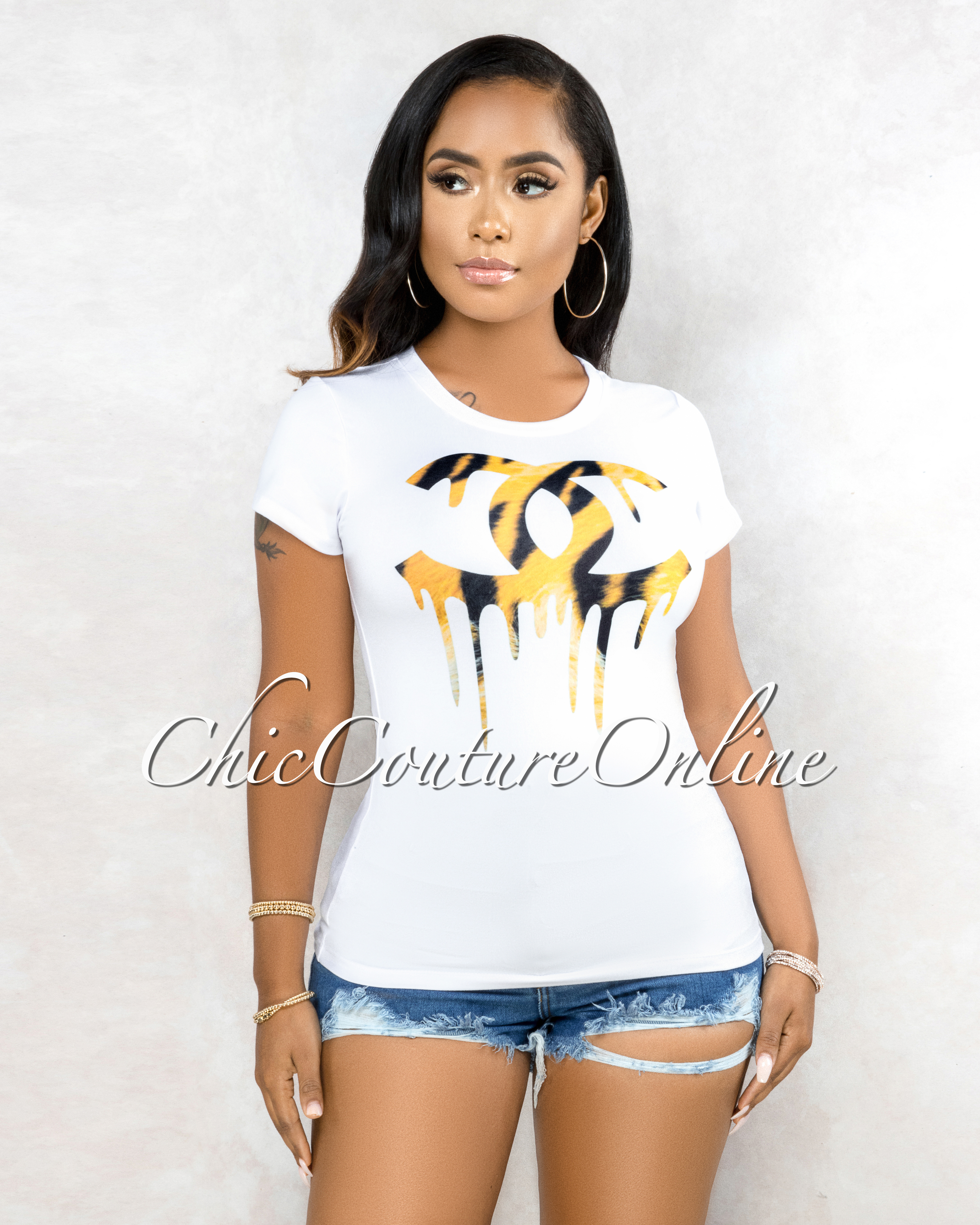 Tangia Off-White Leopard Graphic T-Shirt