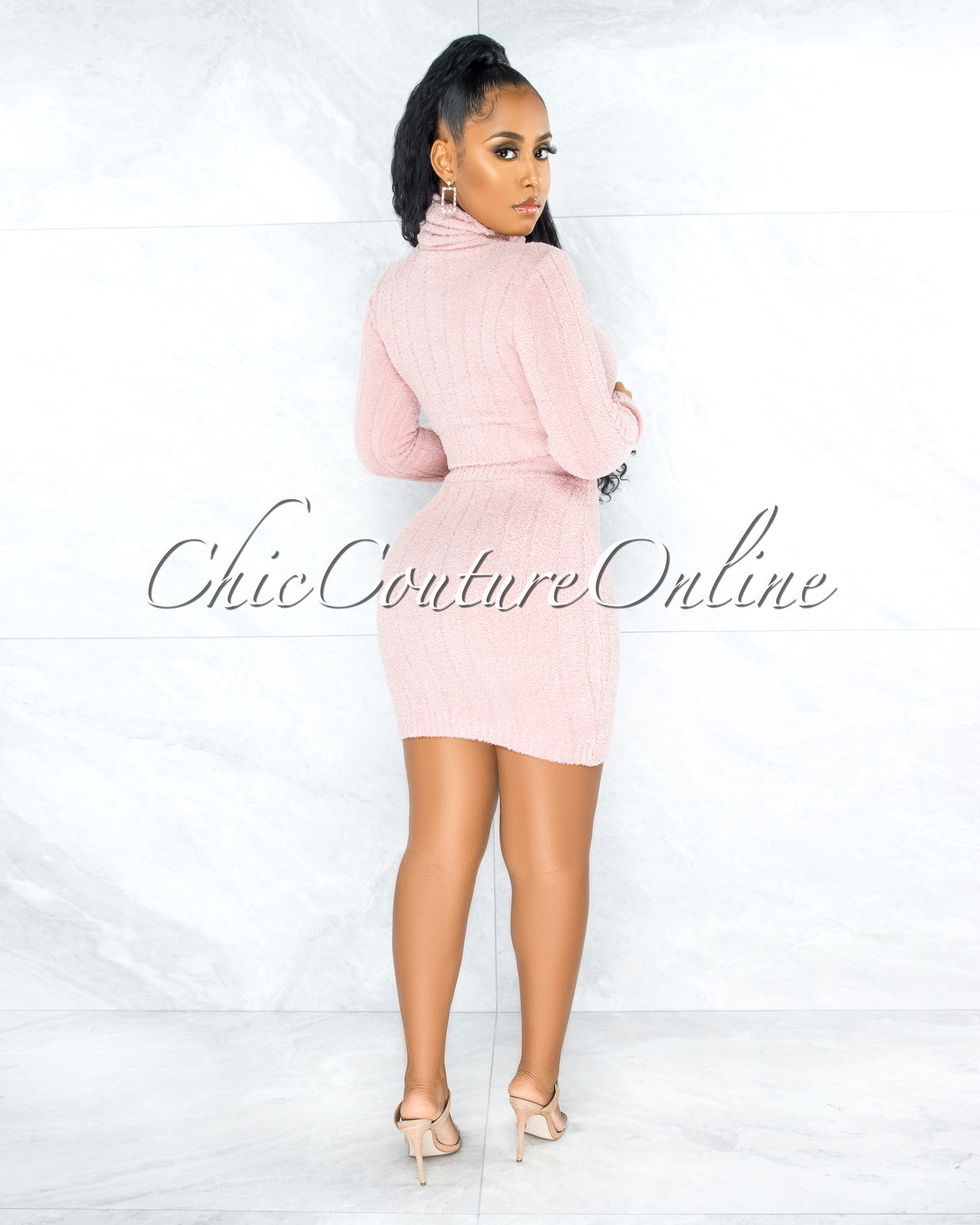 Hazor Pink Ribbed Fury Turtle Neck Top & Skirt Set