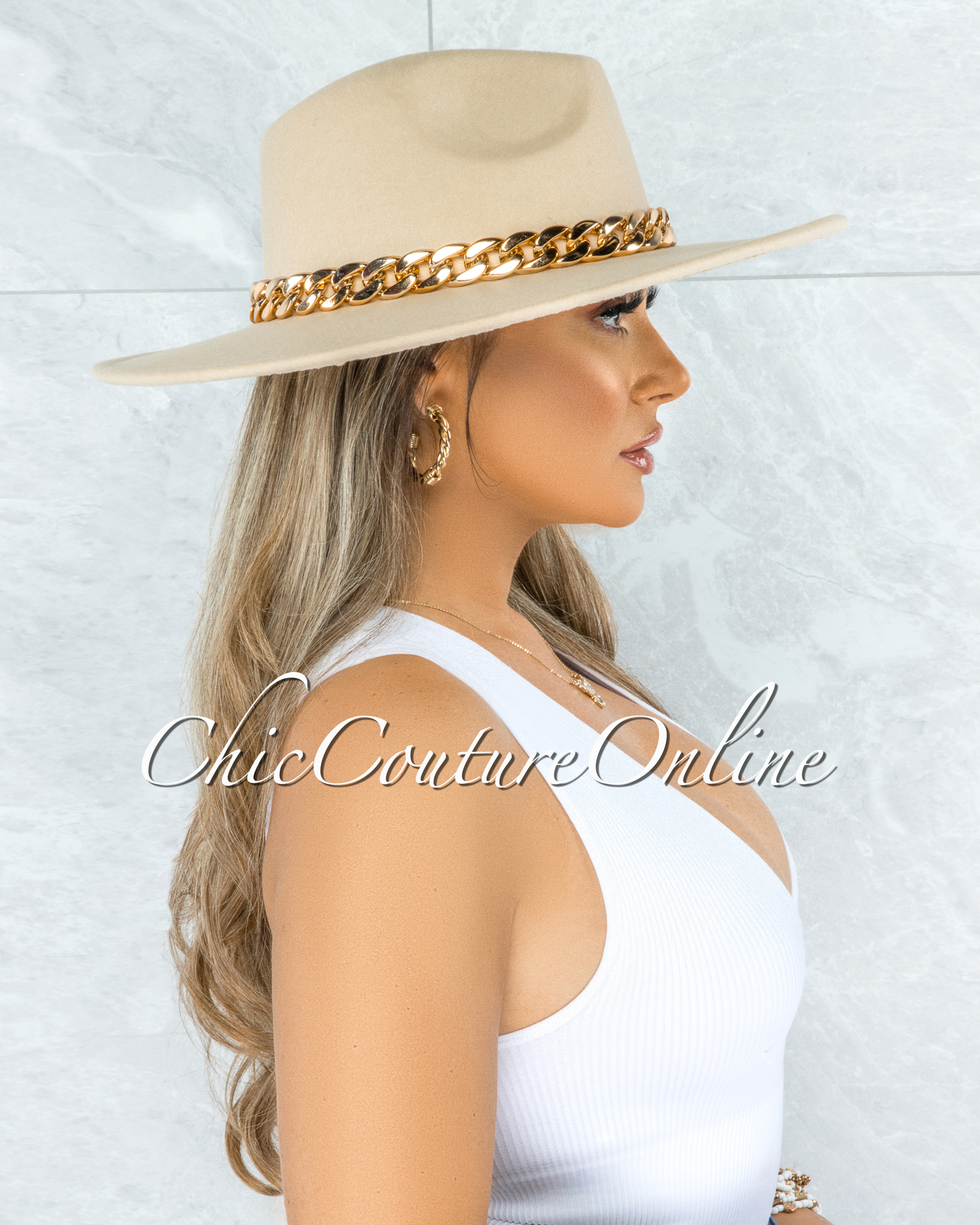 Perkins Ivory Gold Link Faux Suede Fedora Hat