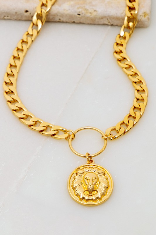 Morna Gold Chunky Chain with Lion Head Pendant