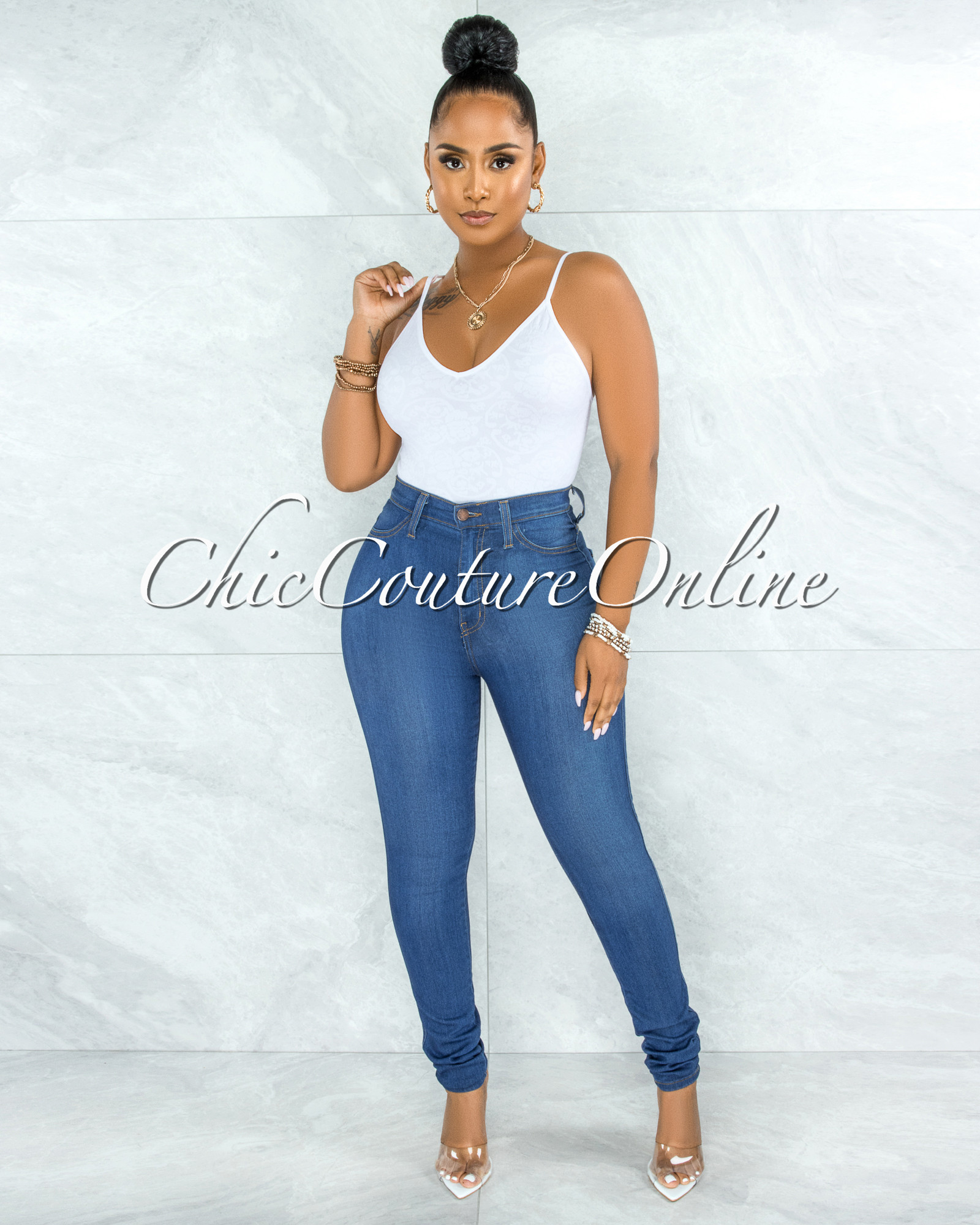 Chasya White Textured V-Neck  Crop Top