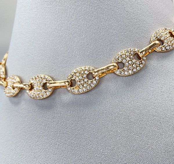 Kamira Gold Oval Shapes link Choker Necklace