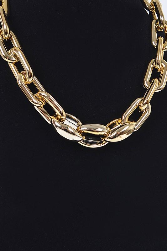 Jennifer Gold Oversized Chain Necklace