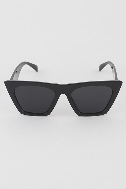 Pointy Black Cateye Iconic Sunglasses