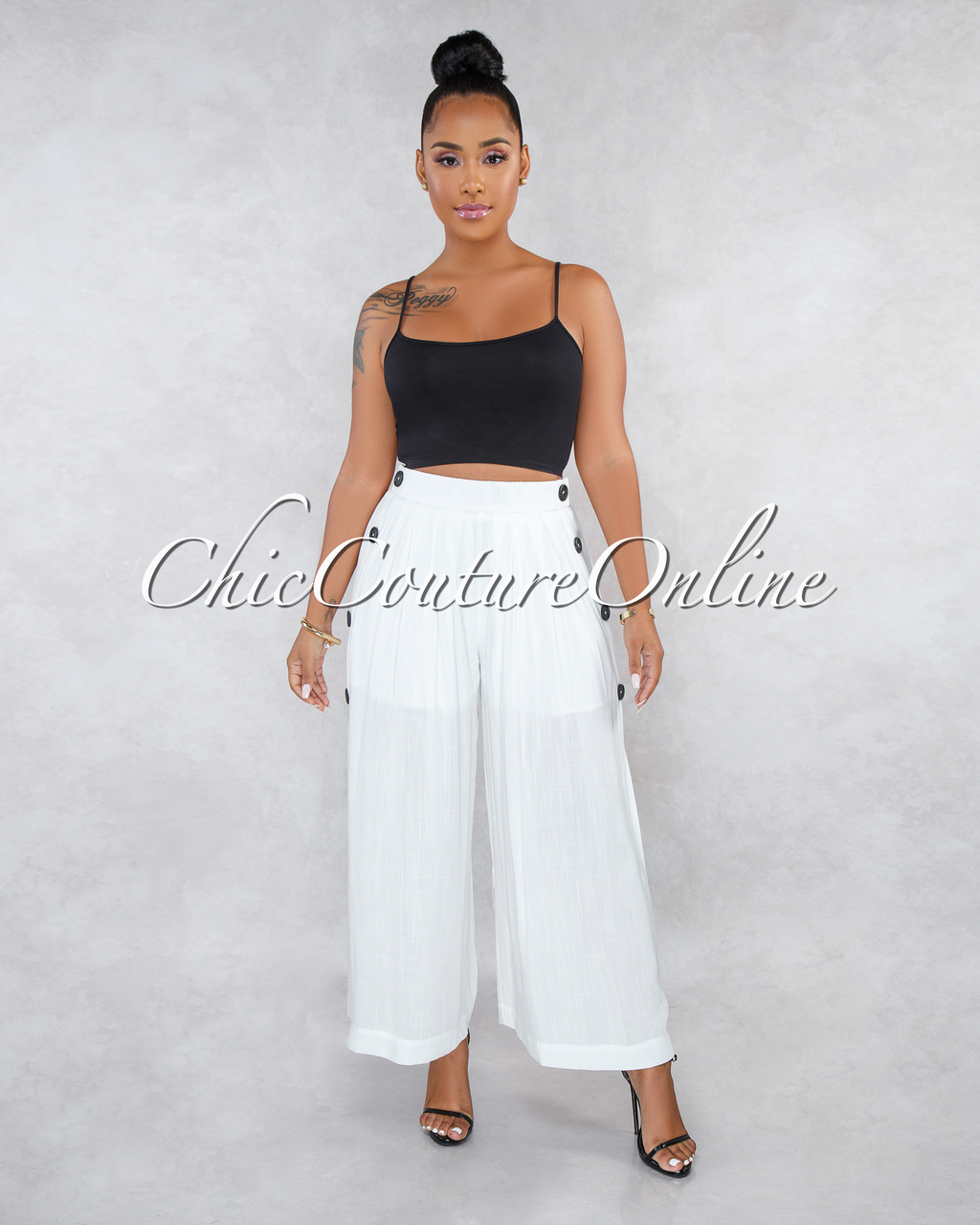 Kiki Off-White Side Buttons Wide Pleated Pants