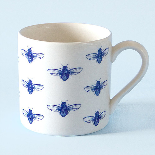 Ceramic bee mug. Made in England.
