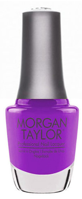 Morgan Taylor - You Glare, I Glow 0.5oz