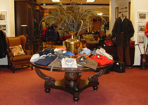 nowells-clothing-entrance.jpg
