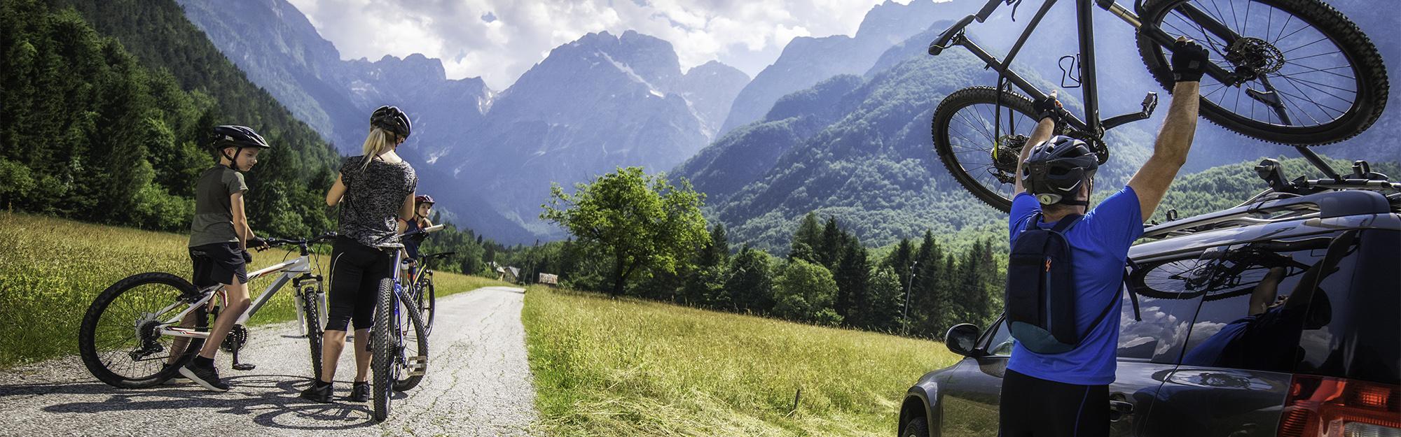 bikers-on-mountain-road-banner.jpg