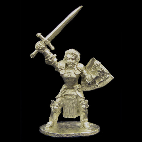 LL00148 Female Paladin in Platemail