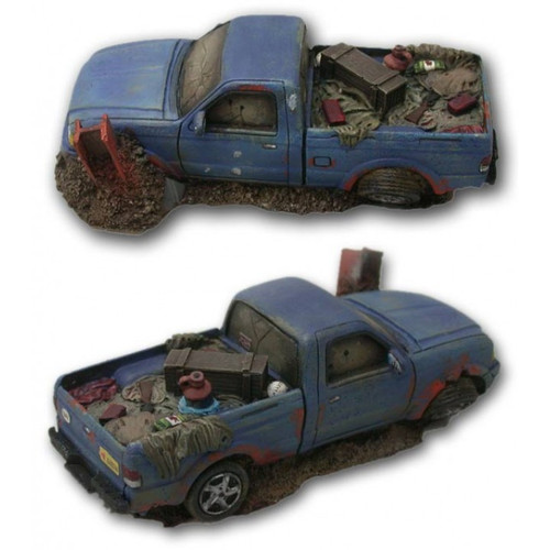ACCS013 Wrecked Pick up Truck