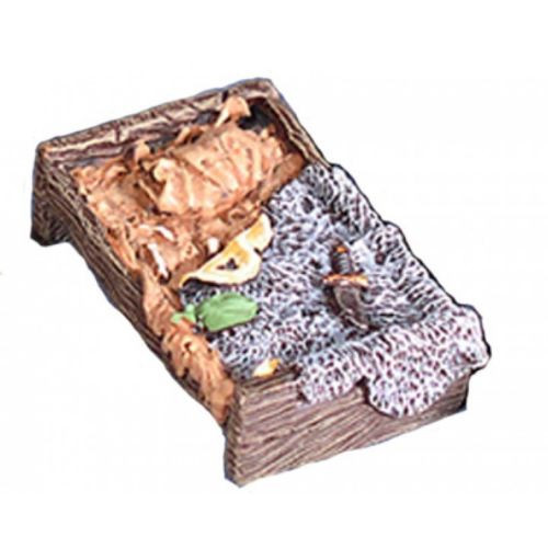 TMedieval bed with a bearskin blanket. This model works great with Armorcast Medieval Inn or Tavern, Hirst Arts Castle Mold projects and Dwarven Forge Dungeon Terrain.   This model is supplied in leadless pewter, unpainted in 28mm scale. Supplied unpainted and unassembled.