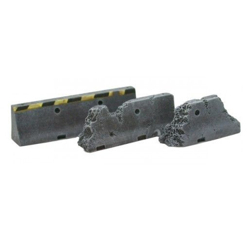 ACCS009 Ruined Jersey Barriers (3)