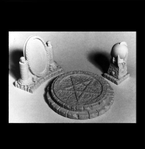 10027 Magician's Accessories