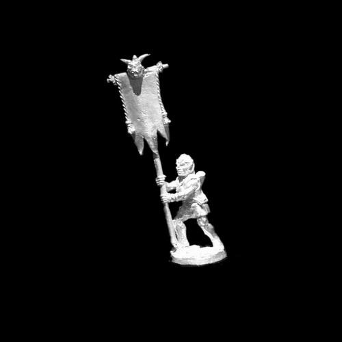 LL20804 Goblin Standard Bearer