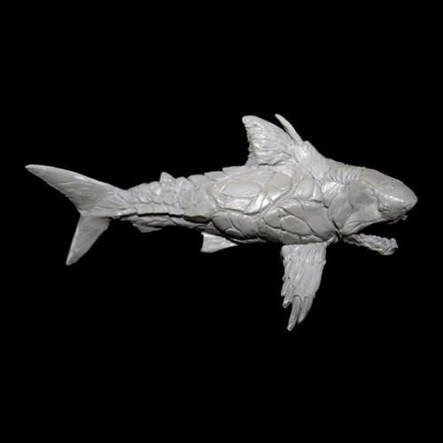 LL0906 Armored Shark