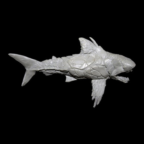 LL0906 Armored Shark