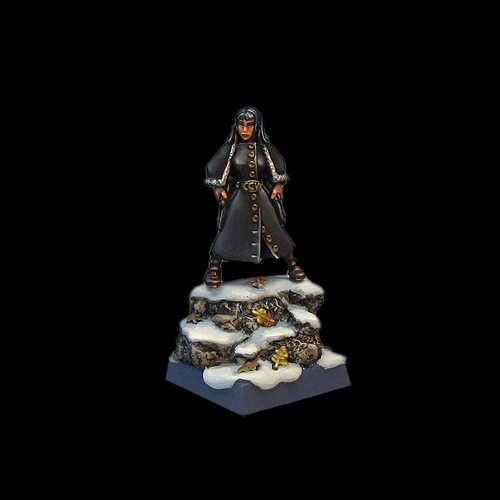 LLSP100 Hussar Girl in Winter Garb