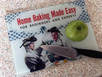Baking Breaking Bad KiSS Chopping Board - Jesse Pinkman and Walter White - 30s 40s recipe book style - Vintage theme - Kitchen