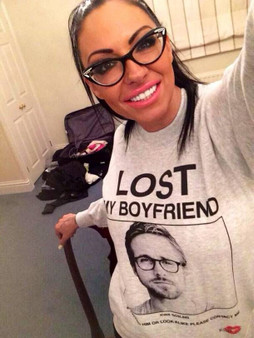 *insert name* Lost Boyfriend or Girlfriend KiSS T-Shirt or Sweatshirt - Gift idea for Her or Him - Custom Customise Celebrity
