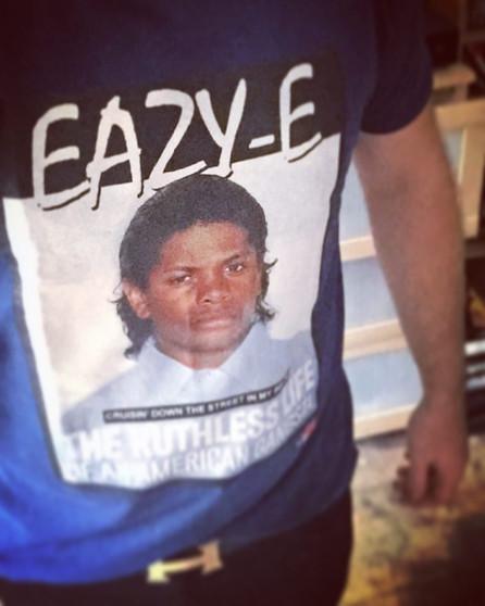 Eazy E KiSS T-Shirt - Gangsta Rapper - NWA inspired - 90s Urban - Rap Music Hip Hop