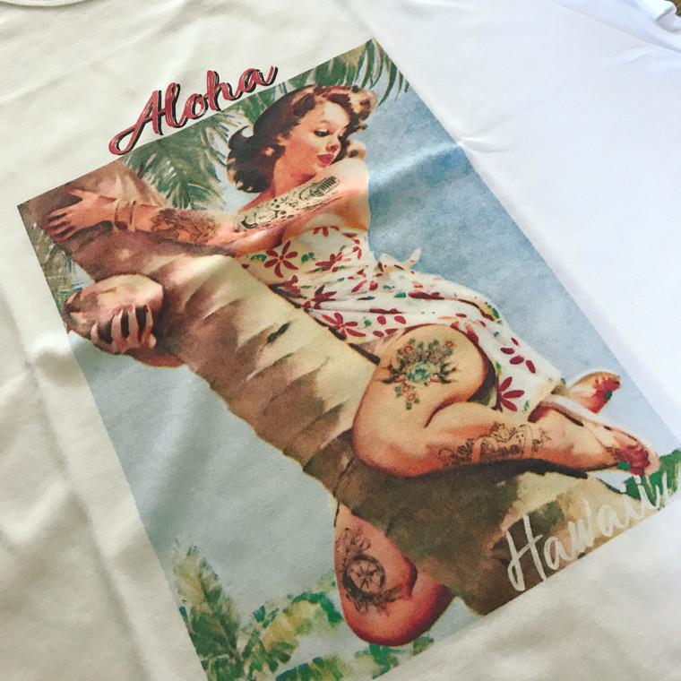 Aloha KiSS T-Shirt - Tattooed Pin Up Girl - Summer Holiday - Hawaii