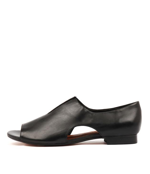 PRETTA Flats in Black Leather