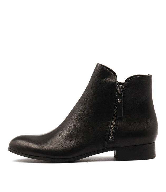 FABIAN Ankle Boots in Black Leather