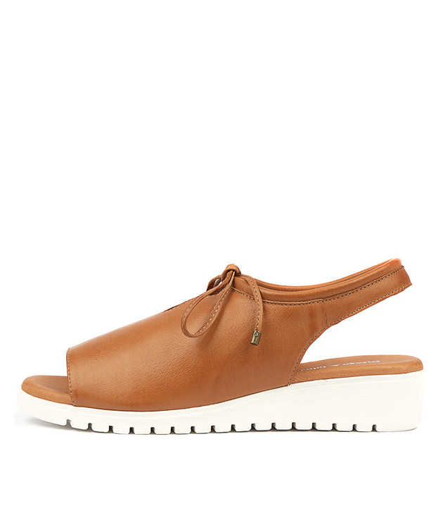MONIQUE Flatform Sandals in Dark Tan Leather
