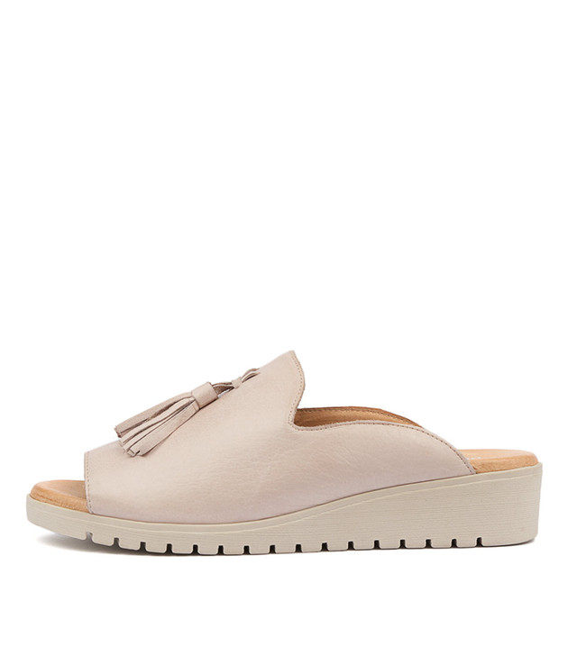 MAYSON Flatform Sandals in Pale Pink Leather